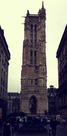 Tour Saint Jacques. Paris