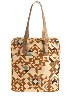 ooh beautiful. I could use a new bag to tote my laptop around in...