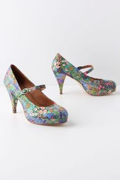 Floral mary janes!