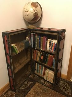 Create A Cozy Old World Reading Space Old Trunks, Vintage Trunks, Furniture Makeover, Diy Furniture, Trunk Makeover, Suitcase Decor, Old Suitcases, Steamer Trunk, Comfortable Pillows