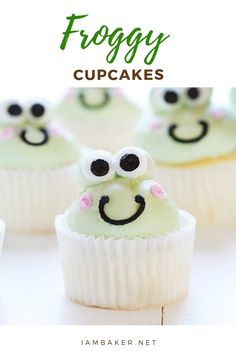 Having a Party? These adorable Buttercream Frog Cupcakes are the perfect addition! Frog Cupcakes, Sunflower Cupcakes, Sweet Cupcakes, Mini Cupcakes, Amazing Cupcakes, Yummy Cupcakes, Chocolate Brownie Cake, Chocolate Cupcakes, Vanilla Cupcakes
