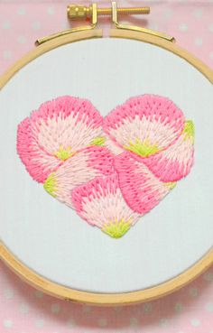 Hand embroidery patterns heart embroidery por NaNeeHandEmbroidery