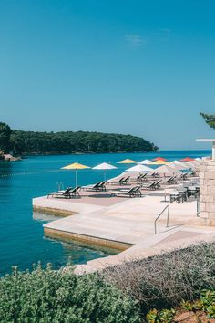 Hotels am Meer – die schönsten 7 Hotels mit Meerblick Hotel Am Meer, Image Categories, Hotels, Woodland Party, Things To Do, Nice Things, The Good Place, Places To Visit, World