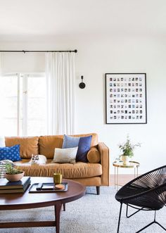 Sara's Living Room Reveal