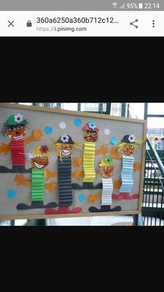 For carnival crafts carnival decoration carnival egg carton . Clown Crafts, Carnival Crafts, Carnival Decorations, Diy And Crafts, Crafts For Kids, Color Theory, Kids And Parenting, Mardi Gras, Preschool