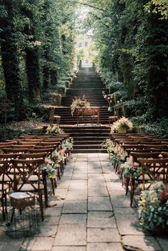 Italian Park Wedding With A Wildflower Muse Wildflowers and timber set the tone for today's Italian park wedding between a star-crossed couple that met in Venice over a dozen years ago. Wedding Aisles, Wedding Ceremony Decorations, Ceremony Backdrop, Wedding Cake, Wedding Decor, Wedding Ceremonies, Outdoor Ceremony, Rustic Wedding, Wedding Backdrops