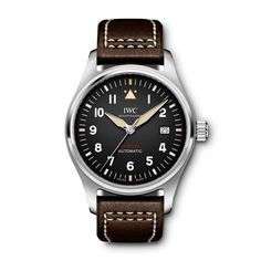 The Pilot's Watch Automatic Spitfire is the first IWC watch to feature an IWC-manufactured movement from the new 32000 calibre family. Top Gun, Iwc Watches, Watches For Men, Iwc Chronograph, Diamond Sale, Iwc Pilot, Bracelet Cuir, Waterproof Watch, Watch Sale