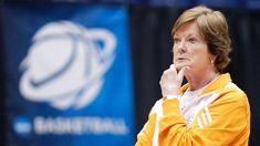 Pat Summitt brought respect to women's college basketball and made young players -- even those who weren't good enough to suit up for the Lady Vols -- want to be the best. Lady Vols Basketball, Basketball Scoreboard, College Basketball, Basketball Players, Basketball Games Online, Pat Summitt, Tennessee Volunteers, Coaching, Athlete