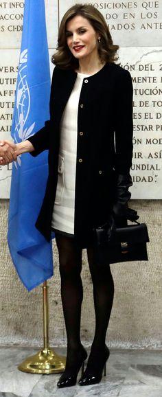 Queen Letizia #chic black and white fall