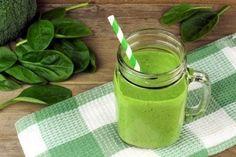 Koktajle spalające tłuszcz- rodzaje, które Cię zachwycą - Krok do Zdrowia Low Carb Smoothies, Healthy Green Smoothies, Healthy Breakfast Smoothies, Healthy Drinks, Healthy Fats, Vegetarian Breakfast, Smoothie Vert, Power Smoothie, Clean Smoothie
