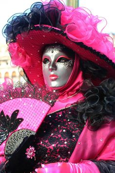 Venice Carnival Costumes, Venetian Carnival Masks, Carnival Of Venice, Hidden Face, Pretty In Pink, Hot Pink, Faces, Anime, Beautiful