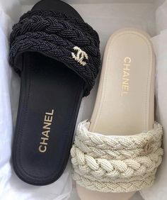 Dr Shoes, Hype Shoes, Me Too Shoes, Fancy Shoes, Pretty Shoes, Cute Sandals, Shoes Sandals, Stylish Sandals, Shoes Sneakers