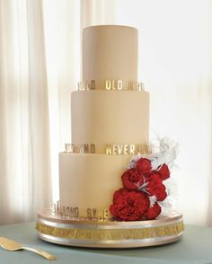 """""""Auld Lang Syne"""" decorate the the cake!"""