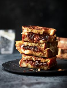 Seriously slow-cooked shallots, a three-cheese mix, wedges of sourdough and a little mustard makes for an epic lunchtime toastie Vegan Breakfast Recipes, Snack Recipes, Snacks, Good Food, Yummy Food, Delicious Meals, Wrap Sandwiches, Cheese Recipes, Food Inspiration