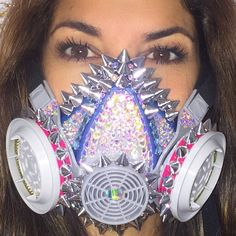 Functional, and customizable dust mask, perfect for somewhere like Burning Man Festival Looks, Rave Festival, Festival Wear, Festival Outfits, Festival Fashion, Future Festival, Burning Man Style, Burning Man Fashion, Burning Man Outfits