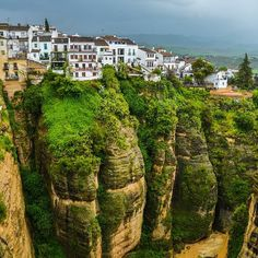 The cliffs of Ronda in Andalusia, Spain. Photo courtesy of brianthio on Instagram.
