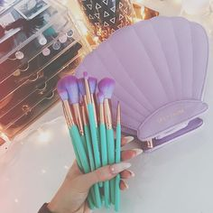 Professional Makeup Brush Set Buy Now High Quality Makeup Tools Kit Violet Buy Now on Aliexpress Makeup Goals, Makeup Tips, Beauty Makeup, Hair Makeup, Makeup Products, How To Become Beautiful, Maquillaje Pin Up, Cool Things To Make, How To Make