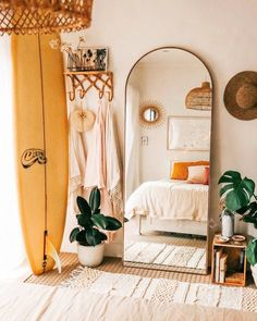 Minimalist bedroom decor ideas are for those who love to live a simple but elegant life. If you are a … bedroom 35 amazing minimalist bedroom decor ideas 738942251343684671 Industrial Bedroom Design, Design Bedroom, Bedroom Inspo, Boho Bedroom Diy, Boho Room, Bedroom Neutral, Bedroom Small, Cozy Bedroom, Modern Bohemian Bedrooms