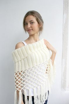 This is beautiful!      Free SHIPPING Ivory Knit Poncho Capelet Christmas by denizgunes, $69.00