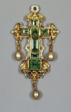 Emerald cross, emeralds, enamel, gold and pearls late 16th century