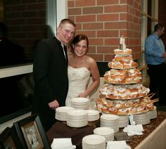 cinnamon bun wedding cake recipe 1000 images about and s wedding on 12870