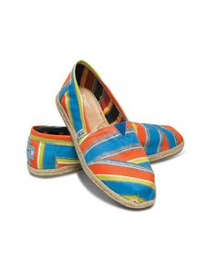 66e0a9c6eae9 AwesomeNice Toms ECI Stripe Women s Classics Founded By Ben Affleck Limited  Edition Shoes Slip Ons