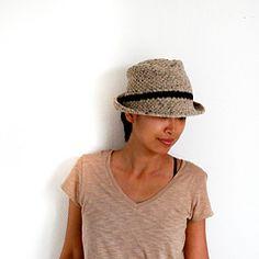 free Ravelry download Novi Hat pattern by Lthingies