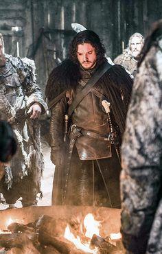 Kit Harington as Jon Snow - Game of thrones, Season 5 Ep 8 Watch Game Of Thrones, Game Of Thrones Series, Kit Harington, Winter Is Here, Winter Is Coming, Eddard Stark, Arya Stark, Got Merchandise, Game Of Thones