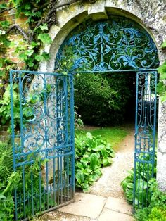 THROUGH THE ARCHWAY GATE