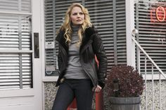 Once Upon a Time Jennifer Morrison as Emma Swan in Storybrooke by Granny's Diner 8 x 10 Photo Jennifer Morrison, Once Upon A Time, Snow White Prince, Time News, Best Series, Time Series, Captain Swan, Emma Swan, Prince Charming