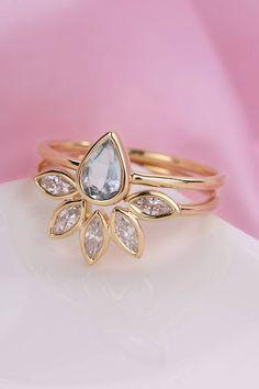 Aquamarine engagement ring vintage pear shaped Aquamarine