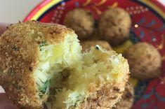 Uma ótima pedida para o almoço: bolinho de bacalhau fit. Veja a receita no blog: https://luvgourmet.com.br/bolinho-de-bacalhau-fit/
