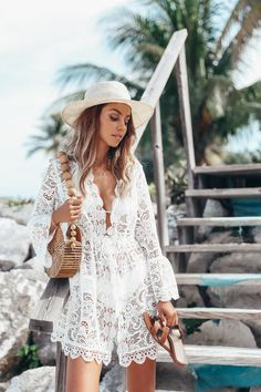 outfits New Sexy White Lace Dress Summer V Neck Sexy Holiday Beach Mini Dress Beach Dresses, Trendy Dresses, Dress Beach, Moda Hippie Chic, Outfit Strand, Sexy Lace Dress, Lace Romper, White Dress, Hijab Look
