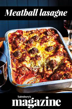 Bring this bubbling and golden meatball lasagne to the table for a crowd-pleasing dinner. Can be assembled ahead of time for easy entertaining # GREEN SALAD Yummy Pasta Recipes, Beef Recipes, Dinner Recipes, Cooking Recipes, Recipies, Meatball Recipes, Lasagne Recipes, Cooking For A Group, No Cook Meals