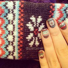 Scarf inspired mani, cute!  nail art #nails #winter #fairisle