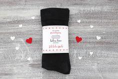 Lustige Morgengabe: Socken gegen kalte Füße. Hier haben wir eine Banderole, die ihr kostenlos ausdrucken könnt. Nur noch um die Socken binden - fertig! #Freebie #kostenlos #Vorlage #kalte Füße
