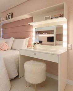 Teen Bedroom Designs, Bedroom Decor For Teen Girls, Room Ideas Bedroom, Small Room Bedroom, Men Bedroom, Bedroom Furniture, Bedroom Ideas For Small Rooms For Teens For Girls, Bedroom With Couch, Small Room Design Bedroom