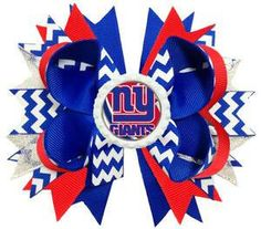 New York Giants Football Team Bottle Cap Hair Bow from Tutus and Ladybugz. This is so cute! Perfect for game day. Show your team spirit with this hair bow. #scottsmarketplace