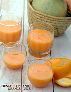 Muskmelon and Orange Juice recipe Another unusual combination with fantastic results! offset the somewhat bland taste and colour of muskmelon in this juice by adding vibrantly hued oranges and carrots. Healthy Juices, Healthy Drinks, Detox Drinks, Healthy Smoothies, Juice Smoothie, Smoothie Recipes, Juice Recipes, Easy Recipes, Healthy Recipes