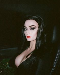 Sophie Turner as Morticia Addams. - Good Day - Good Day Meme - - Sophie Turner as Morticia Addams. The post Sophie Turner as Morticia Addams. appeared first on Gag Dad. Goth Beauty, Dark Beauty, Morticia Addams Makeup, Morticia Addams Halloween Costume, Addams Family Morticia, Witch Makeup, Goth Women, Halloween Disfraces, Costume Makeup