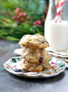 Planning a cookie exchange? These are the must make recipes to try this year. These Christmas cookie recipes are easy and yummy.