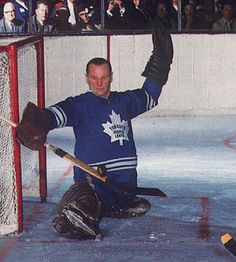 JOHNNY BOWER: The compact goaltender reportedly suffered from poor eyesight but that didn't stop him from winning two Vezina Trophies and being part of four Stanley Cup-winning teams. - 100 greatest players in NHL history - October 11 2016 Hockey Baby, Hockey Goalie, Hockey Teams, Hockey Players, Ice Hockey, Hockey Stuff, Sports Teams, Nhl, Maple Leafs Hockey