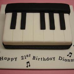 Keyboard Cake - Cakes 4 Fun cakes and cake decorating