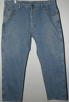 WRANGLER PREMIUM QUALITY JEANS Men's 38X30 Zipper-Fly Relaxed Fit Straight Leg  #Wrangler #Relaxed