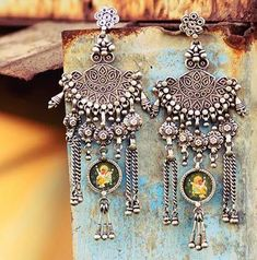 Mysterious opals contain the wonders of the skies Indian Earrings, Silver Earrings, Silver Jewelry, Heavy Earrings, Silver Accessories, Cartier Jewelry, Antique Jewelry, Jewelery, India Jewelry