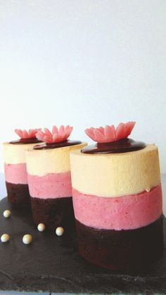 Mini-torturi Napolitane / Neapolitan-Style Mini Cakes - simonacallas