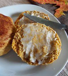 Perfect for Autumn and to use any of that leftover pumpkin puree! - From Vegan Heartland. Vegan Treats, Vegan Desserts, Yummy Treats, Dessert Recipes, Yummy Food, Tasty, Healthy Food, Sweet Treats, Vegan Pumpkin