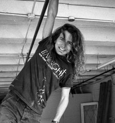 Eddie Vedder (Pearl Jam, Temple of the Dog) Intp, Pearl Jam Eddie Vedder, Temple Of The Dog, Alice In Chains, The Black Keys, Chris Cornell, Foo Fighters, Music Bands, Music Is Life