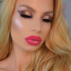 Sexy Makeup, Gorgeous Makeup, Beauty Makeup, Makeup Looks, Hair Makeup, Vampy Lipstick, Big Lips, Stunning Eyes, Fake Eyelashes
