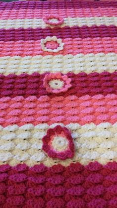 "Beautiful baby blanket ""I made it"""